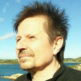 Simon Adahl