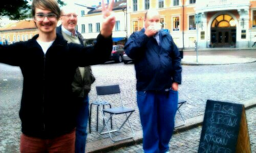 Street evangelism with my church, Uppsala Mosaik